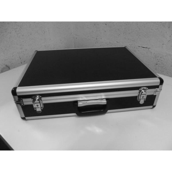 malette aluminium 5 talkies radio media system. Black Bedroom Furniture Sets. Home Design Ideas